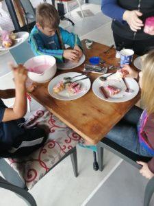 Li'Shaz Cafe & Grill kids entertainment