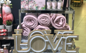 Woolworths Mainstream Mall Mothers Day